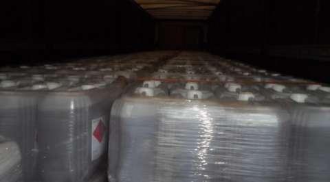 PMA apreende carretas com carga de agrotóxico e multas somam R$ 140 mil