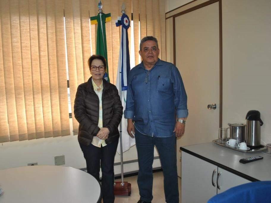 Tereza Cristina, futura ministra da Agricultura, ao lado do superintendente da Funasa, Marco Aurélio Santullo (Foto: Direto das ruas)