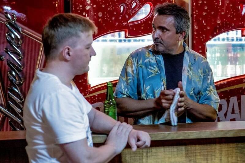 Espedito como dono do bar na última produção que participou, Solidão e Meia (Foto: Helton Perez)