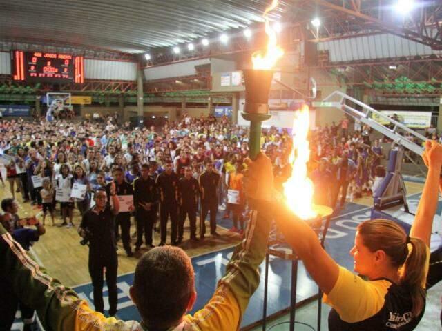 Cerimônia dos Jogos Abertos da Capital aconteceu na noite de quinta-feira (Foto: PMCG/Divulgação)