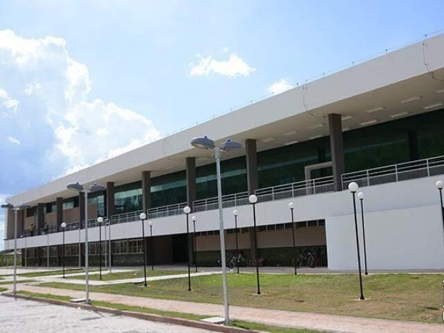 Bloco do campus do IFMS em Corumbá, uma das unidades que está com disponibilidade de vagas. (Foto: Divulgação)