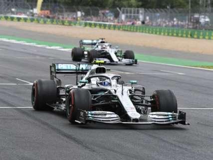 Por 6 milésimos, Bottas supera Hamilton e larga na frente no GP da Inglaterra