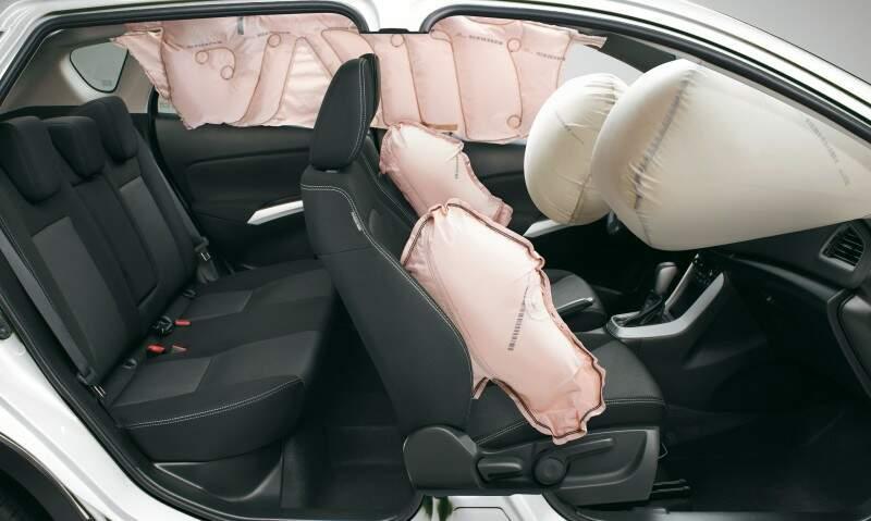 Para segurança do condutor e passageiros o carro vem equipado com seis Air Bags