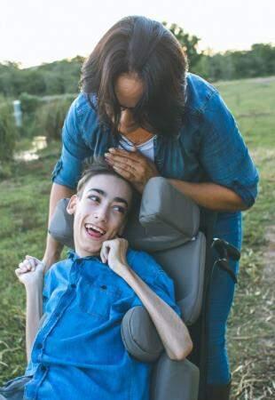 Por isso, mãe diz que só a tem a comemorar ao lado do menino. (Foto: Cleo Espindola)