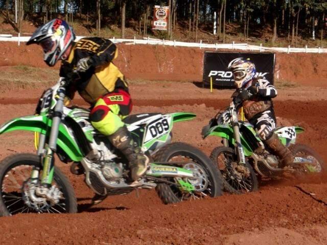 Motos vão levantar poeira neste fim de semana em Sete Quedas (Foto: Amambai Notícias)