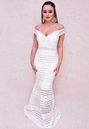 Modelo sereia por R$ 200,00 na Alugue seu Dress.