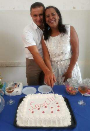 Festa terminou com bolo e guaraná. (Foto: Arquivo Pessoal)