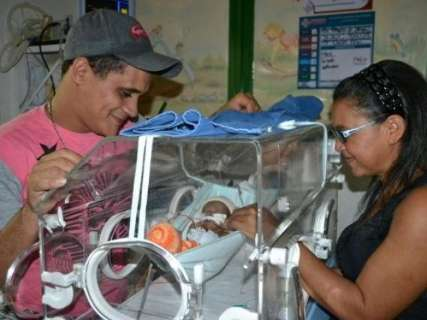 """""""Meu filho estar vivo é o maior presente neste domingo"""", diz pai de Yago"""