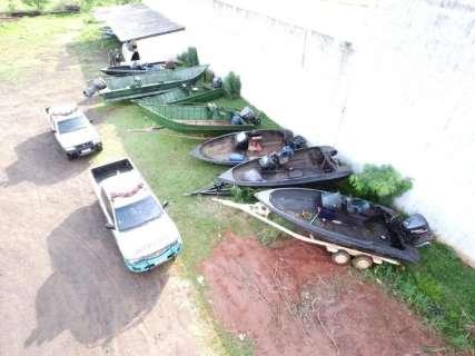 Polícia suspeita de contrabando e apreende sete lanchas na fronteira