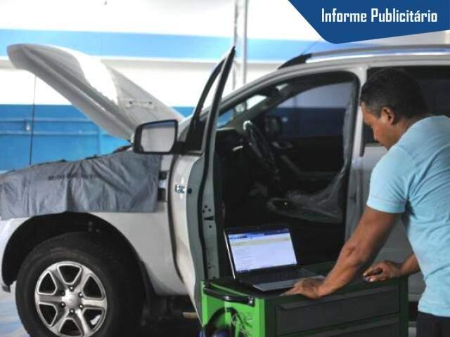 Umas das tecnologias é ferramenta conectada ao veículo, que detecta os problemas. (Foto: Alcides Neto)