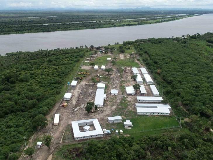 Local onde será construída a ponte sobre o Rio Paraguai, em Porto Murtinho. (Foto: Toninho Ruiz)
