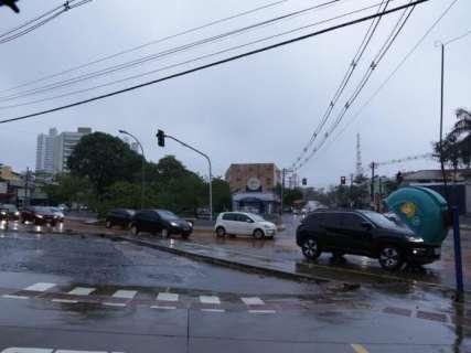 Energisa recebe 800 pedidos de reparos durante chuvarada na Capital
