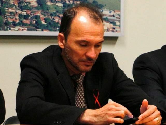 Junior Rodrigues pediu arquivamento da denúncia contra Idenor por quebra de decoro; decisão final cabe ao plenário (Foto: Helio de Freitas)
