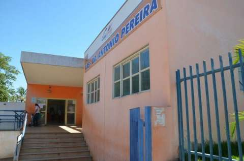 Pacientes reclamam da falta de remédios no posto de saúde do Tiradentes