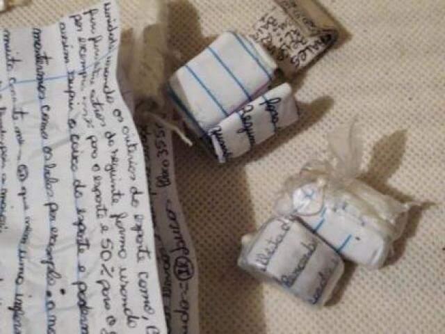 Bilhetes encontrados na investigação a Operação Cravada (Foto/Divulgação:PF)