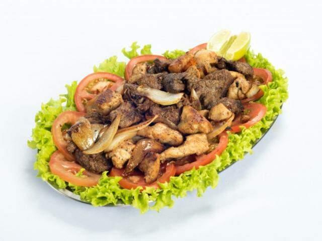 Além de lanches, o cardápio é diverso em porções, bebidas e surpreende nas sobremesas. (Foto: Divulgação)