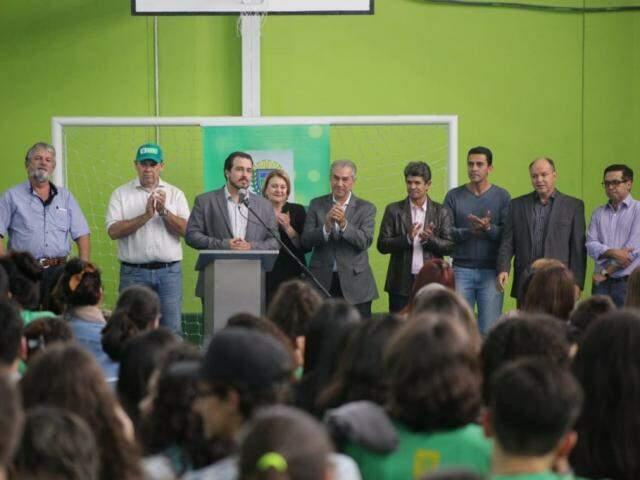 Escola Severino Ramos de Queiroz viu aumentar número de alunos em universidades com adoção do tempo integral, diz diretor. (Fotos: Fernando Antunes)