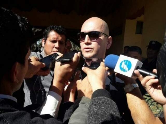 Ministro paraguaio hoje em Pedro Juan Caballero (Foto: Marciano Candia/UH)
