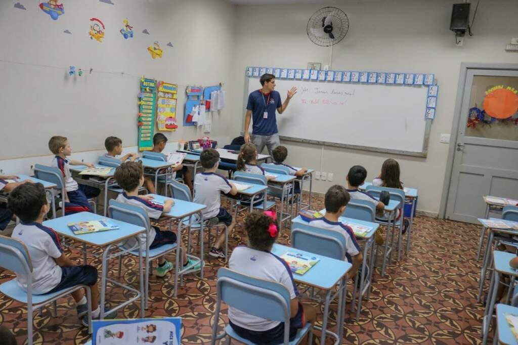Alunos aprendem e são estimulados em sala de maneira dinâmica. (Foto: Marcos Maluf)