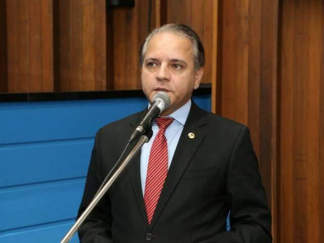Deputado Carlos Alberto David, o Coronel David, durante sessão (Foto: Assessoria/ALMS)