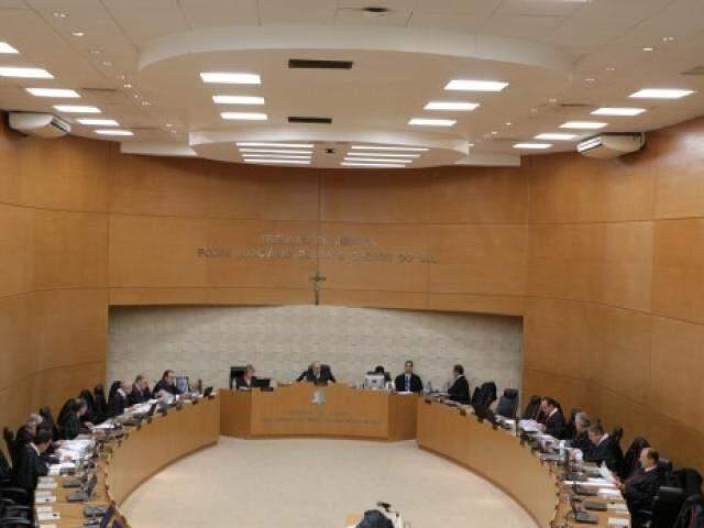 Sessão do Órgão Especial desta quarta-feira aprovou anteprojeto que beneficia pequenos cartórios em MS. (Foto: TJMS/Divulgação)