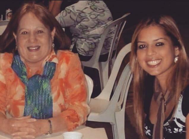 Simoni com a mãe, Elza Beatriz