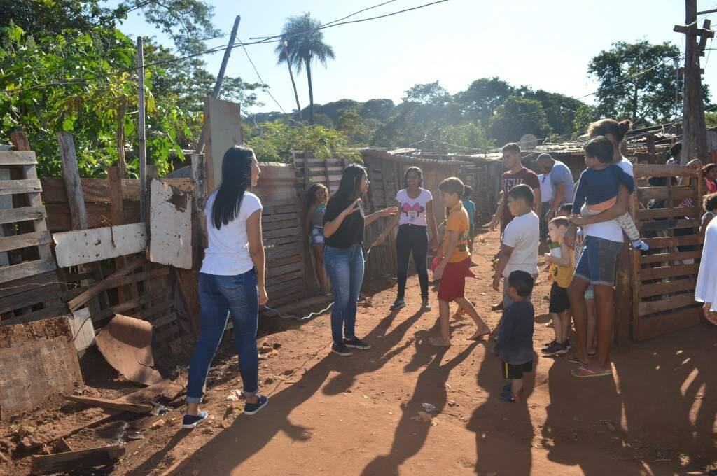 Projeto AME na favela do Mandela em Campo Grande. (Foto: Danielle Valentim)