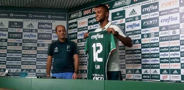 Borja foi presentado oficialmente neste sábado, herdou o número de Marcos e quer jogar contra a Ferroviária (Foto: Palmeiras/Divulgação)