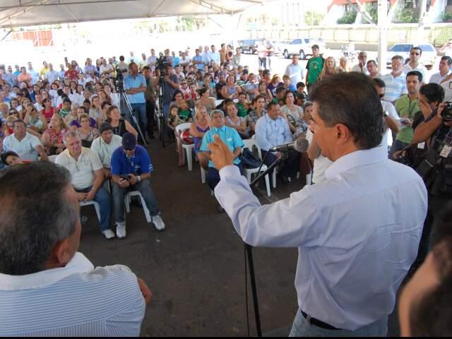 Trad aproveitou inauguração para desafiar a oposição. (Foto: Simão Nogueira)