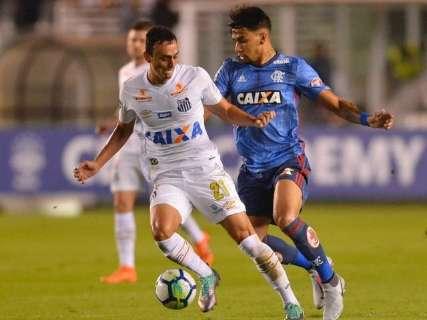 Flamengo sai na frente mas cede empate em 1 a 1 ao Santos