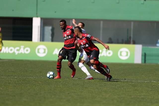 Atlético-GO foi melhor e dominou Chapecoense em Santa Catarina. (Foto: Sirli Freitas/Chapecoense)