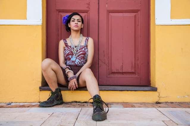 No Mercadão Municipal, editorial de moda tem peças inspiradas na Frida Kahlo