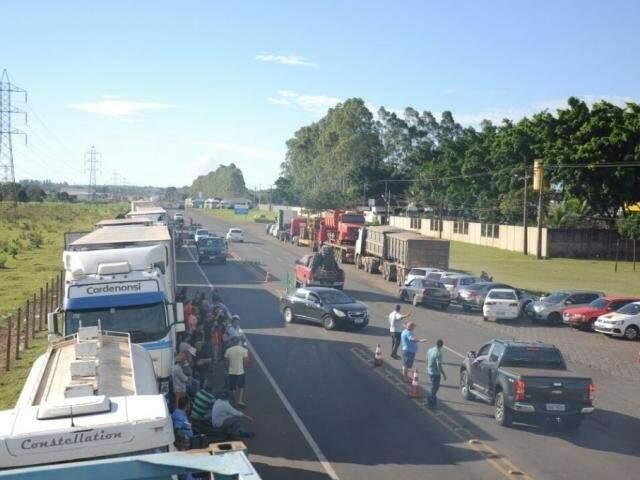 Manifestação dos caminhoneiros na Capital, no ano passado. (Foto: Paulo Francis)