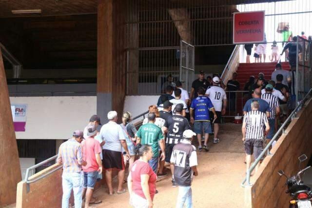 Torcedores poderão assistir a um jogo no Morenão a partir desta quarta-feira (Foto: Marcos Ermínio/Arquivo)