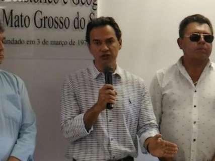 Prefeito participa de congresso nacional de municípios em São Paulo