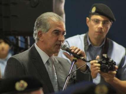 """""""Não investimos apenas em armas"""", diz Reinaldo durante formatura de cabos da PM"""