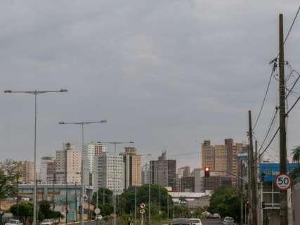 Inmet prevê terça-feira com céu nublado e chuva isolada em MS