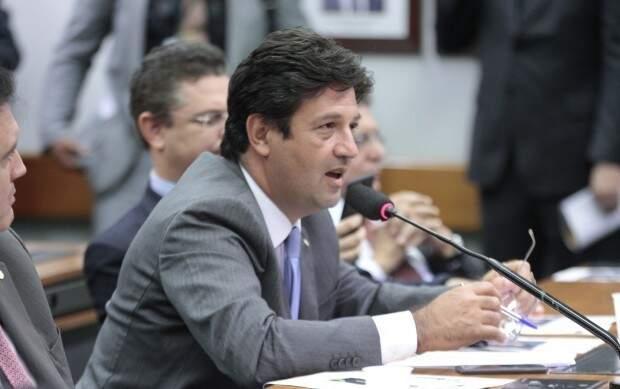 """Deputado Luiz Henrique Mandetta diz que deputados parecem estar em uma """"torre de babel"""" (Foto: Agência Câmara)"""