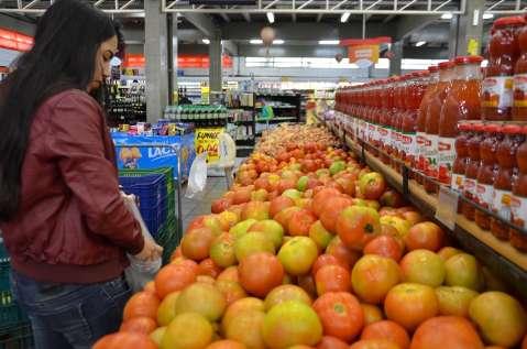 E o vinagrete, quem diria, ficou mais caro que o churrasco: tomate R$ 9,92