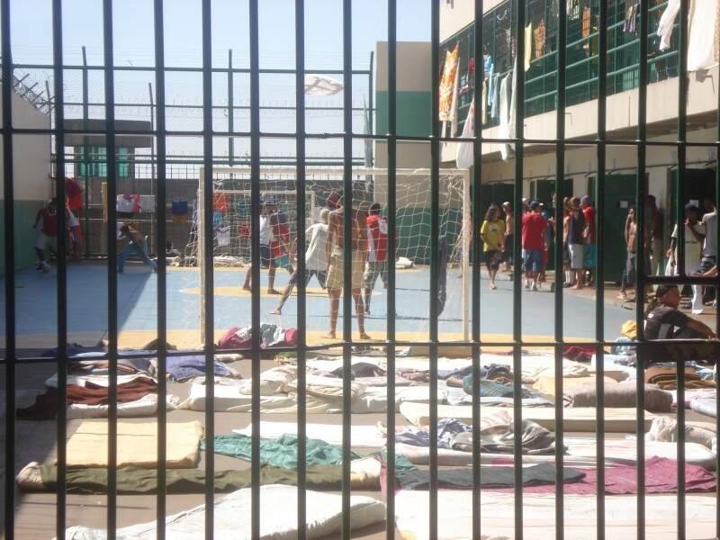 Mato Grosso do Sul  tem 15.183 presos e custo médio é de R$ 1.400 por mês.