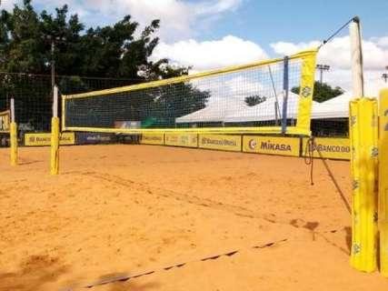 Duplas da Capital disputam etapa do circuito de vôlei de areia no DF