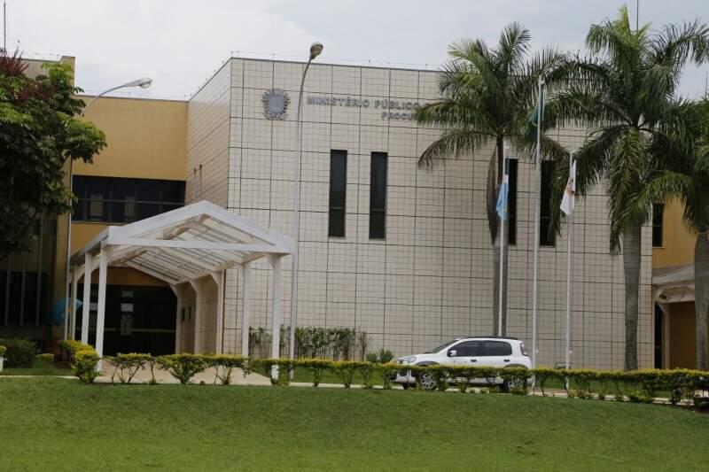 Força Tarefa vai ouvir 10 acusados de desviar R$ 2,6 milhões nesta terça. (Foto: Gerson Walber)