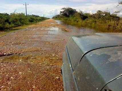 Cheia dos rios Aquidauana e Miranda chega à Estrada Parque