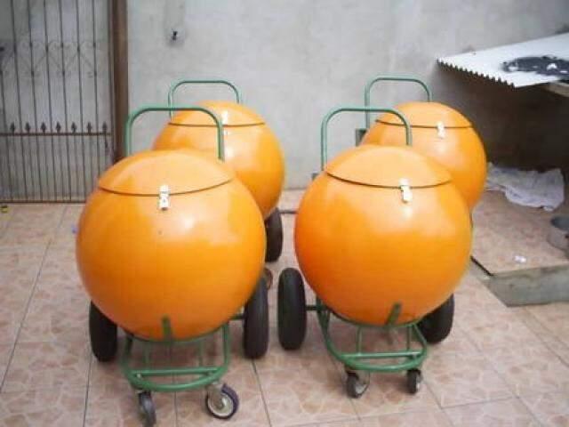 Quem lembra desse carrinho vendendo suco na 14?