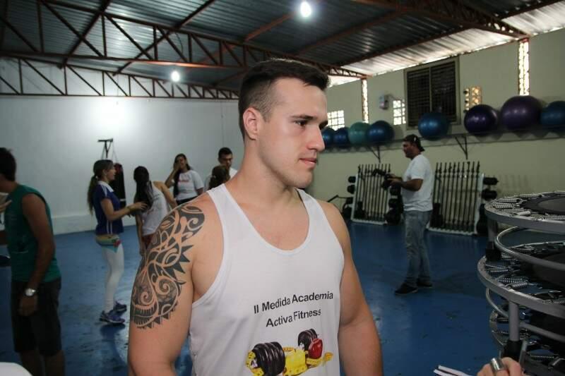 O terceiro colocado foi Diego Canazilles, de 27 anos, que perdeu 5,77% de gordura e quase 12 quilos.  (Foto:Fernando Ricardo Ientzsch)