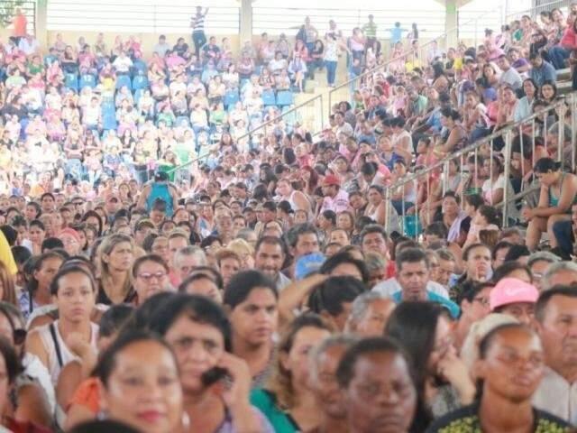 Beneficiários do Vale Renda durante evento no Parque de Exposições, em fevereiro de 2018 (Foto/Arquivo: Marcos Ermínio)