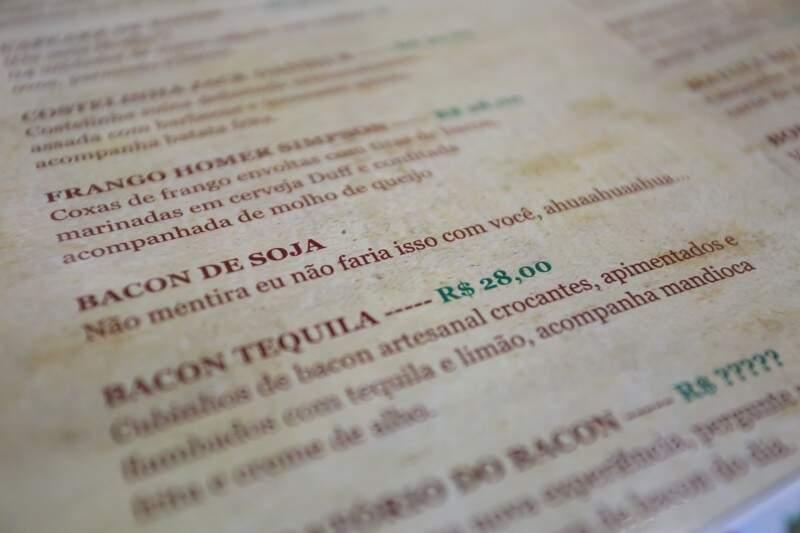 Bacon de soja é opção, só que não. (Foto: Marcelo Victor)