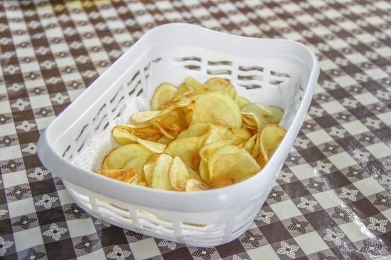 A batata chips é outra queridinha do cardápio. (Foto: Fernando Antunes)