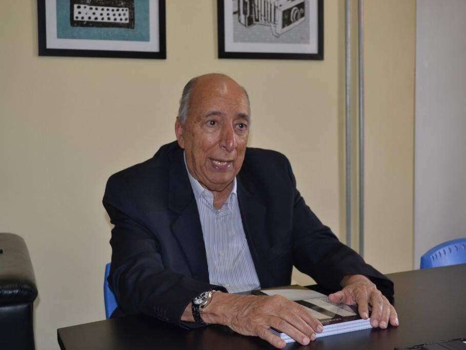 Pedro Chaves durante entrevista. (Foto: Thiago Mendes).