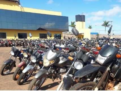 Detran abre leilão de 138 motos e três carros conservados